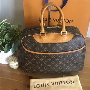 LOUIS VUITTON Monogram Deuville Travel Bag